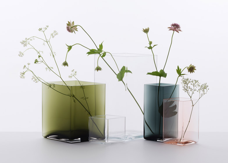 Ruutu-vases-by-Bouroullec-brothers-for-Iittala_dezeen_784_2-2