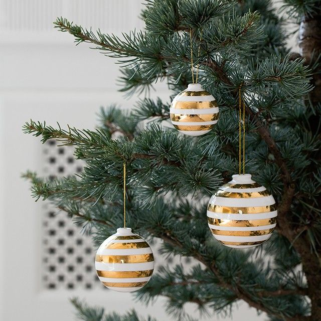 kahler-omaggio-christmas-balls-3-pack-gold-15341