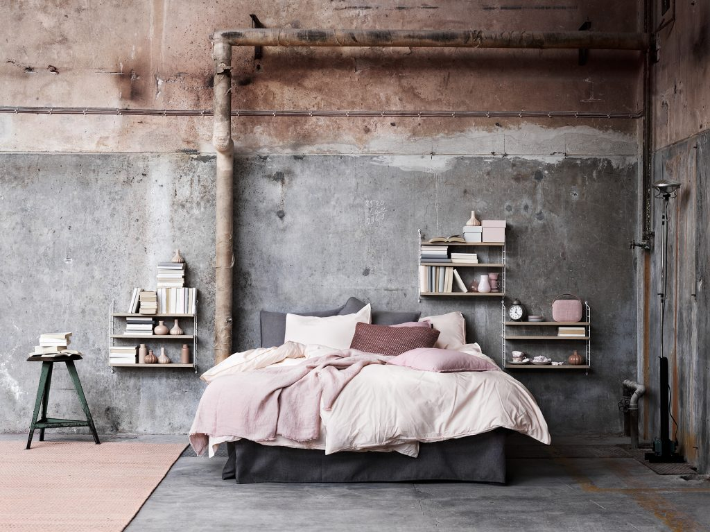String_2016_Lotta_Agaton-concrete-bedroom