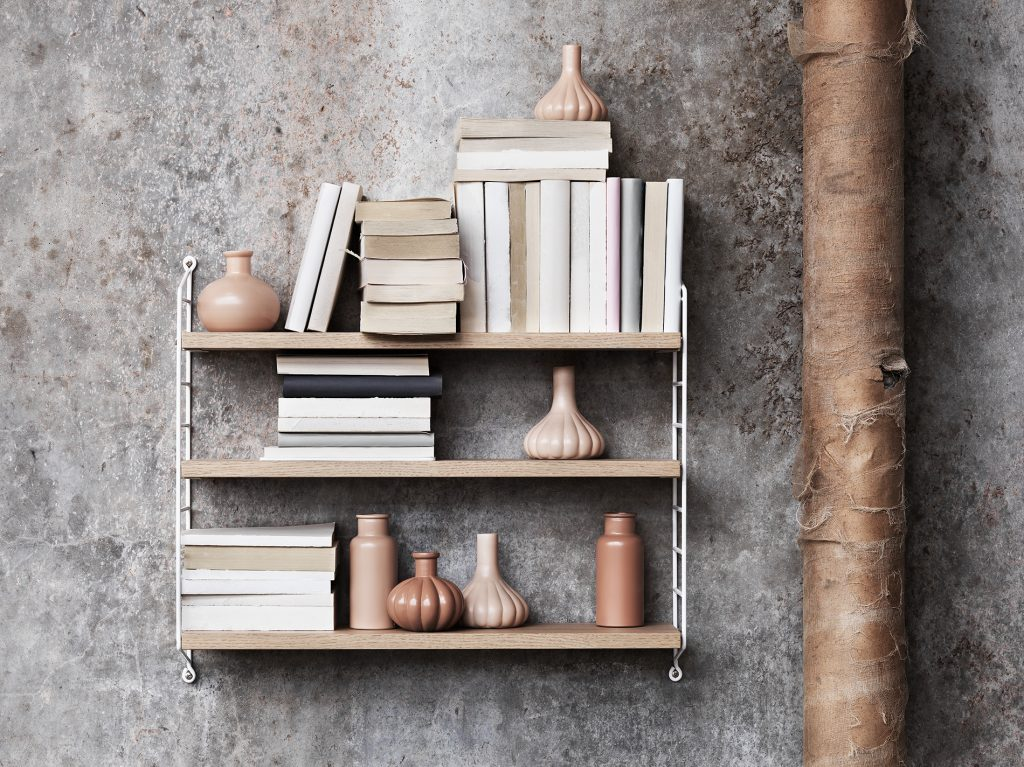 String_2016_Lotta_Agaton-concrete-bedroom-shelf-styling-closeup