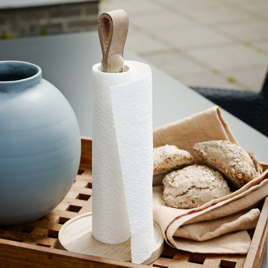 Skagerak-Norr-Paper-Towel-Holder-Ambienten-02